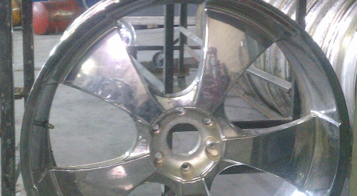 26 inch Chrome wheel Bent and Curb checked(curb rash)